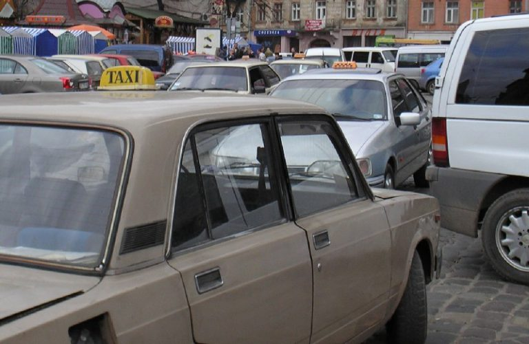 Проверки львовского такси – было бы смешно, если бы не становилось грустно.