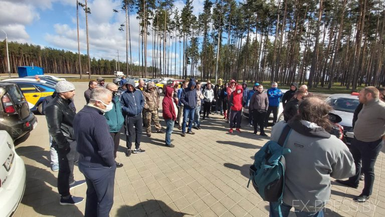 В Беларуси бастуют против «ЯндексТакси» и предлагают ввести новый агрегатор.