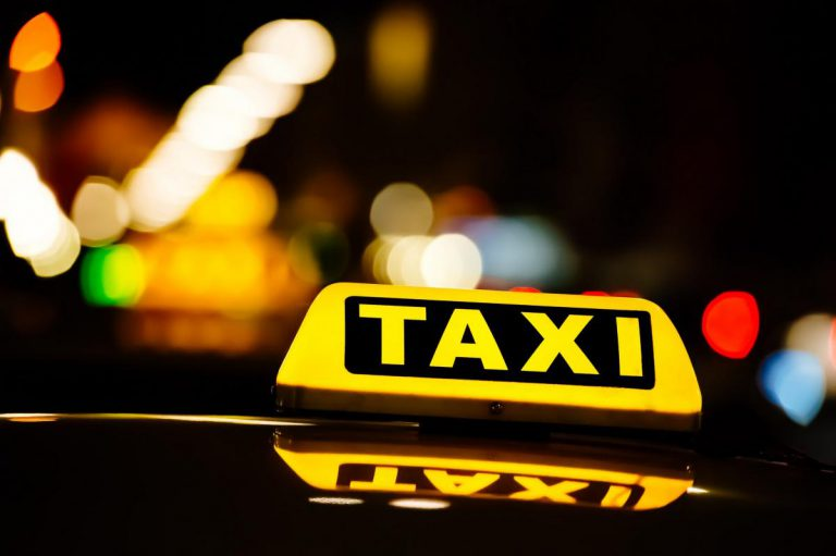 В Україні візьмуться за нелегальні таксі
