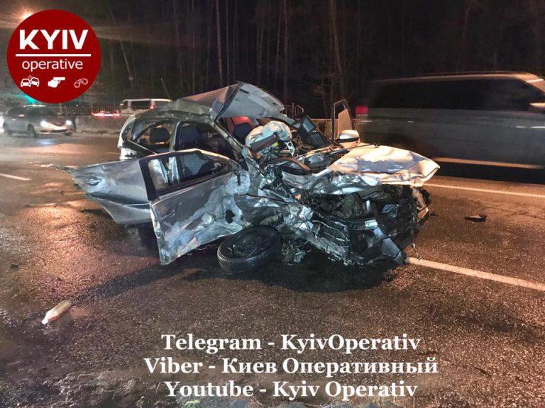 Спидометр завис на 160 км/час: новые кадры и подробности гибели в Киеве таксиста с пассажиром