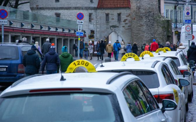 В Эстонии не поддержали идею установки тахографов в такси.
