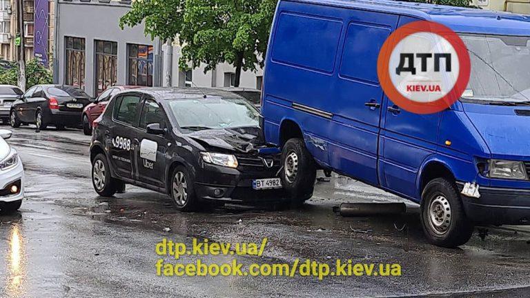 Авария с UBER в Киеве.