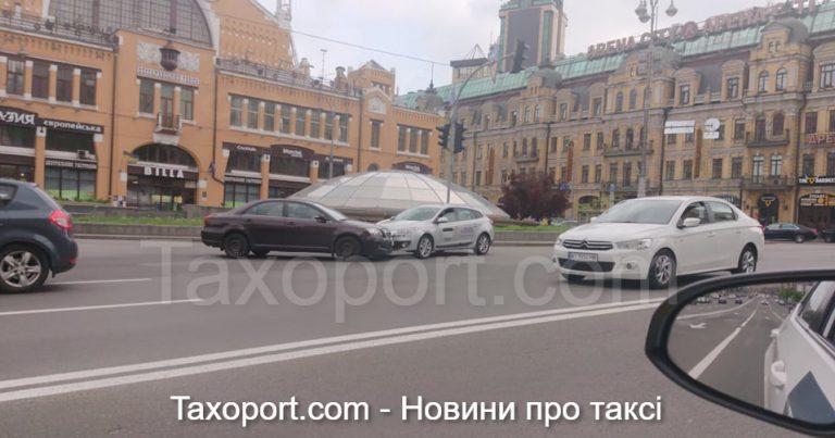 В Киеве ДТП на Бессарабской Площади.