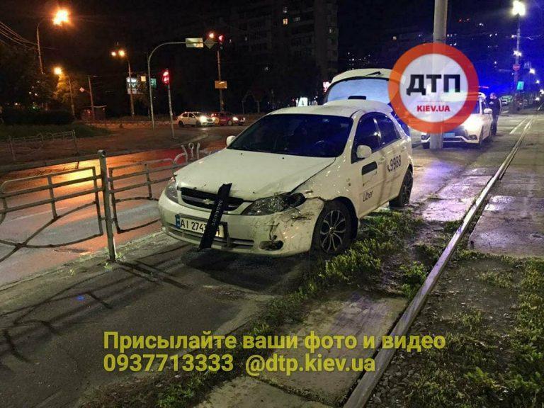 В Киеве ДТП, Uber и Полиция (Видео)