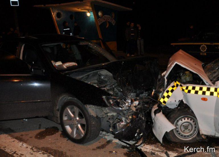 Милиция Керчи ищет свидетелей ДТП, в котором погиб таксист