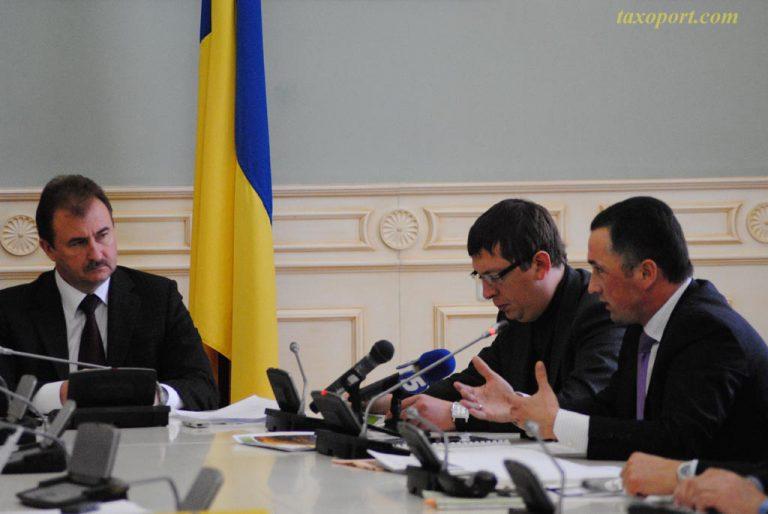 Голова КМДА Олександр Попов вирішив перевірити столичних таксистів
