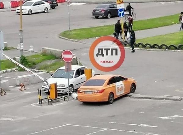 Неудачная парковка от Bolt или экономия?