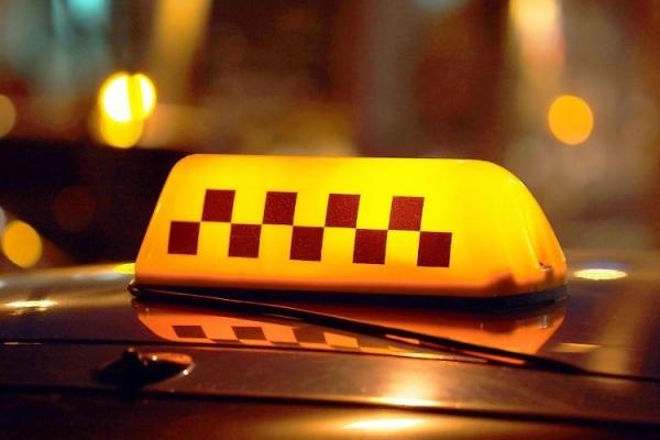 Скільки на Рівненщині легальних таксистів (ВІДЕО)