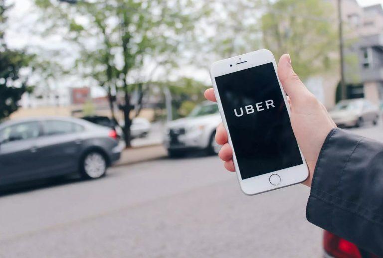 Верховный суд Канады заложил основу тому, чтобы признать водителей компании Uber наемными работниками