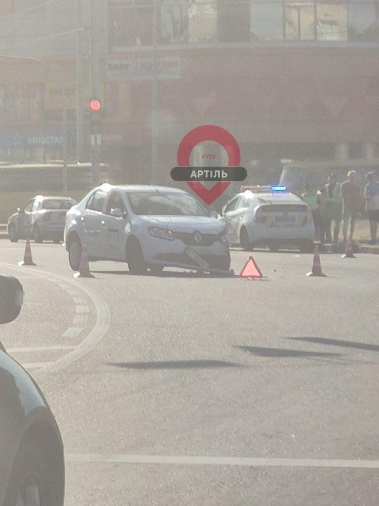 Uber попал в аварию, Киев.