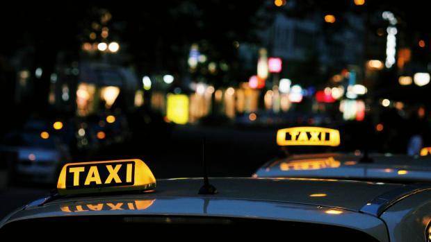 Новые правила для водителей такси в Чехии