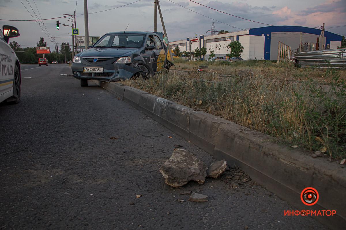 Водитель Mercedes скрылся, но его задержали на Левом берегу