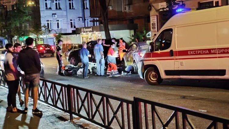 В Харькове смертельное ДТП за участием такси (Видео)