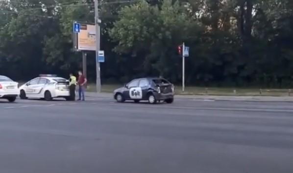 ДТП за участю вантажівки і Bolt ( Відео )