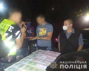 На Хмельниччині затримали таксиста-сутенера