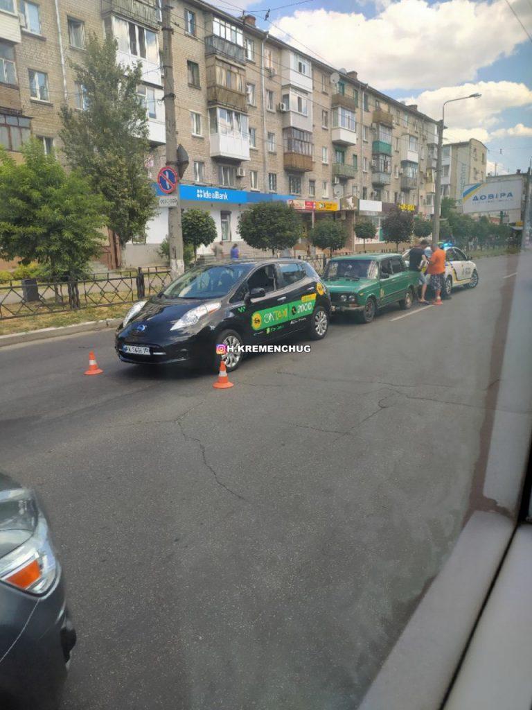 В Кременчуге OnTaxi попало в ДТП