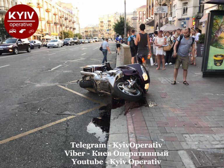 Водій Uber збив мотоцикліста і втік (Відео)