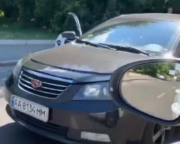 В Киеве на Механизаторов Bolt попал в аварию