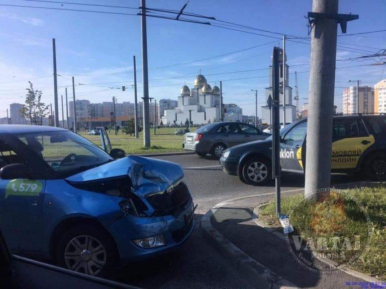 У Львові ДТП з Uklon і Opti
