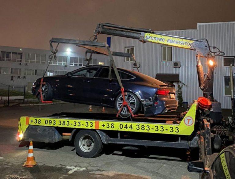 Драйвер Uklon разбил клиенту авто, ремонт оценили в 500 000 грн. Но компания за это не отвечает