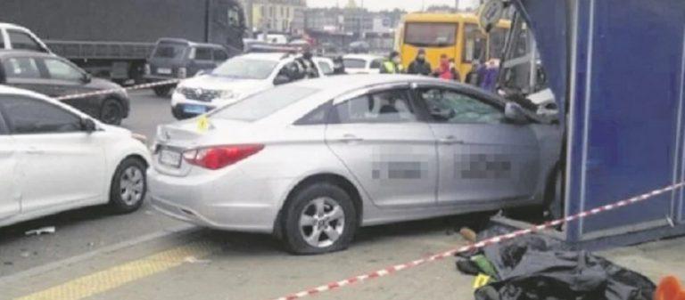 «Водители за рулем больше 16 часов». Почему такси стали опасными