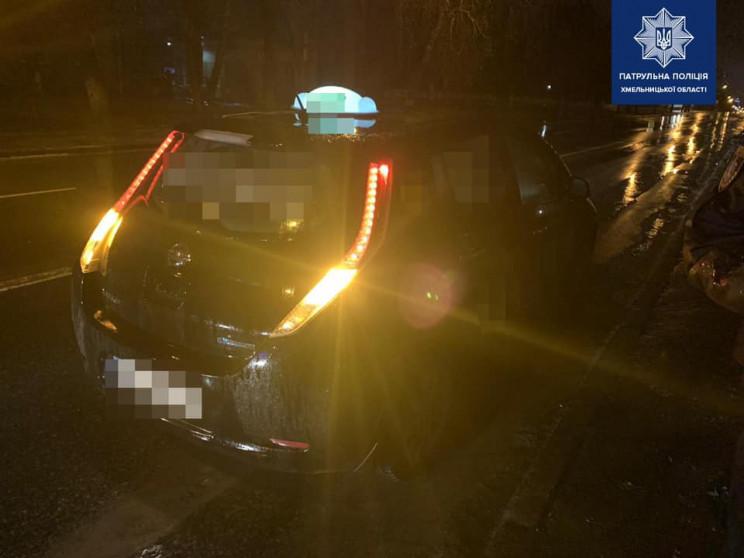 Одразу двох таксистів спіймали на кермуванні під кайфом