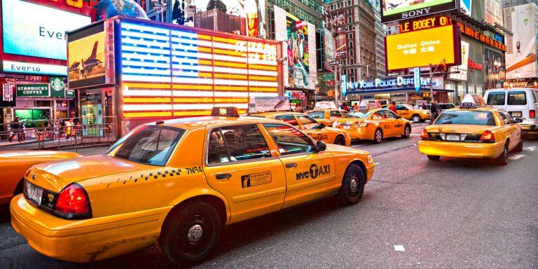Пандемия угрожает желтым такси Нью-Йорка