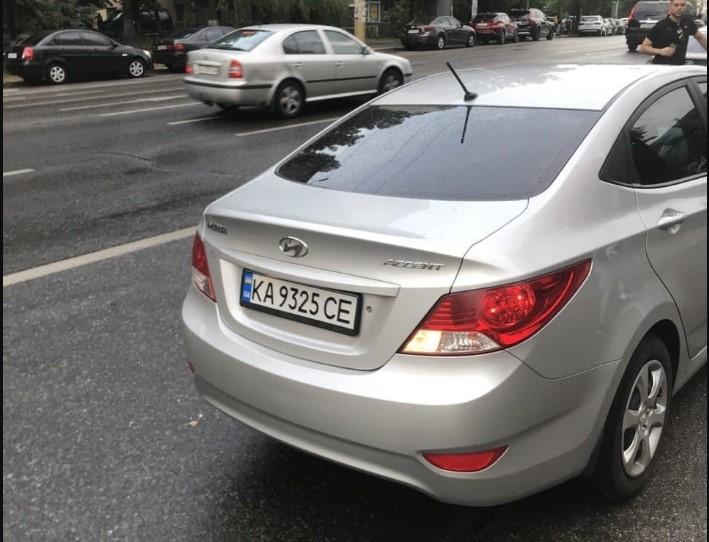 У Києві водій Uber побив пасажирів за зауваження: фото і відео