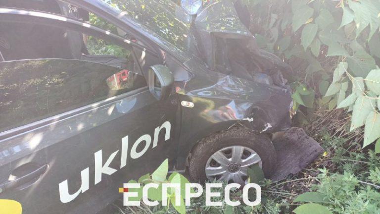 Водій Uklon «наздогнав» Chevrolet Lacetti, постраждало 4 людини