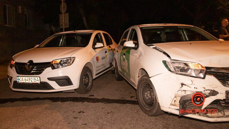 В Днепре случилось тройное ДТП: Uklon, Bolt и Ваз