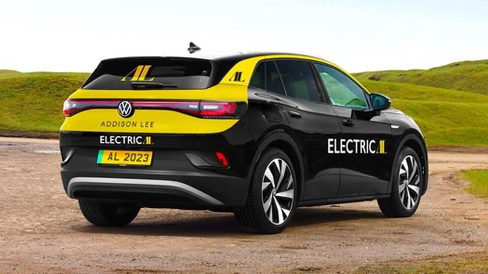 7 тысяч машин: крупнейший таксопарк Британии полностью переходит на электромобили