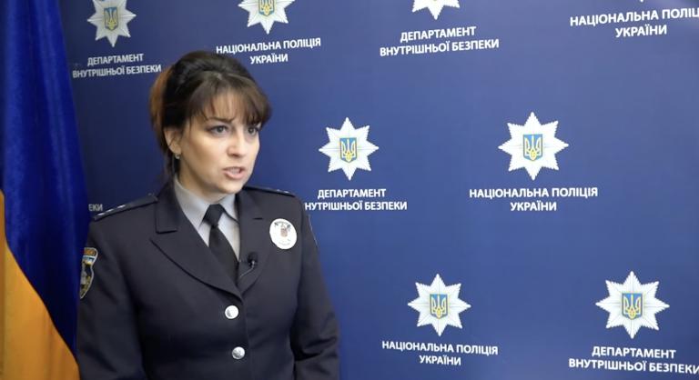 Якщо наркотиків не знаходили, то підкидали їх у відправлення особисто. У Києві затримали банду таксистів