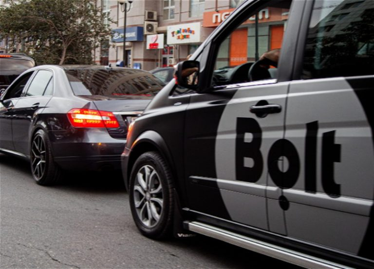 Забастовка водителей Bolt  на улице Баку?
